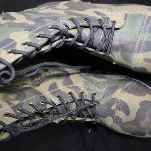 Camo Boots Lace Up Side Zipper